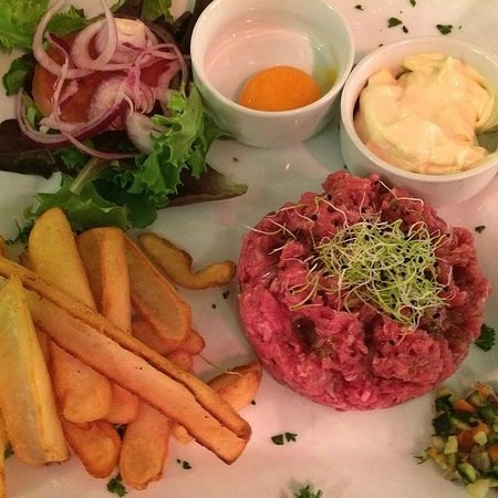 La Cambuse: Steak Tartare