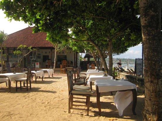 Nusa Indah Bungalows Surfer Beach Cafe: restaurant / Bar