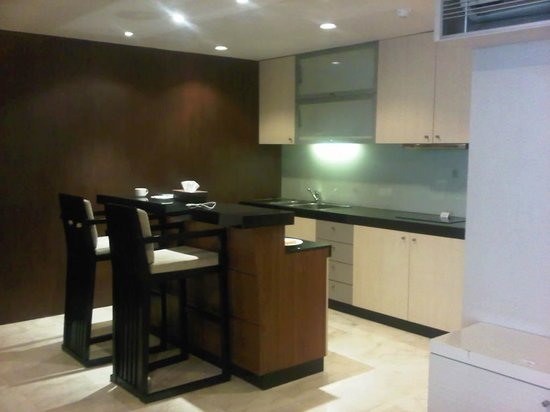 Le Grande Bali : kitchen in grand suite