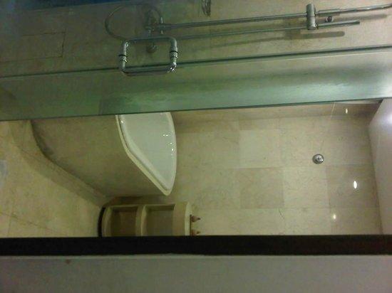Le Grande Bali : toilet