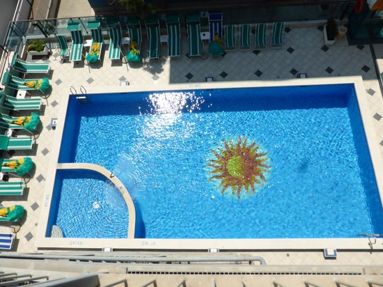 Hotel Kennedy: The Pool, taken from the top of the fire escape!