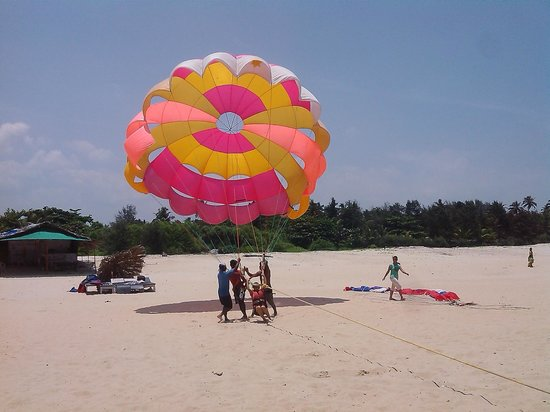 Kenilworth Resort & Spa: On the Utorda beach outside hotel