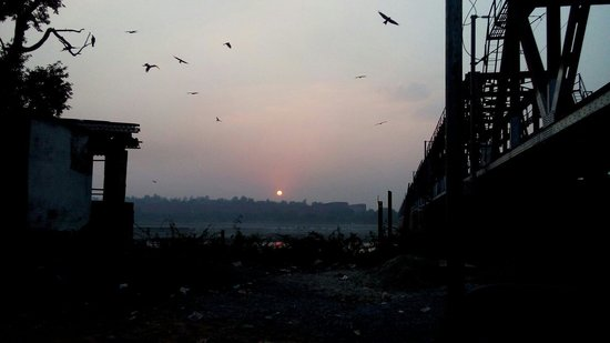 India Agra Travels - Day Tours: Sunset in Agra from yamuna river.