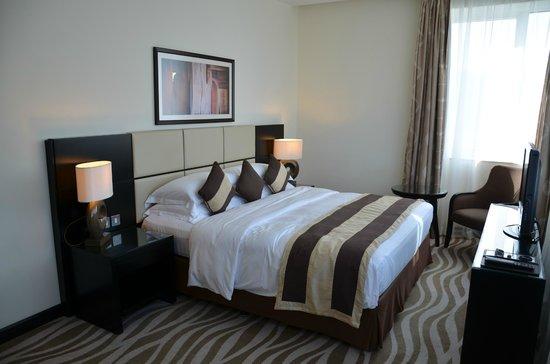 Cristal Hotel Abu Dhabi: Bed