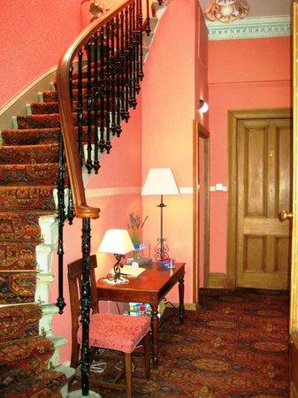 Teviotdale House : Hall
