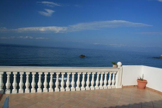 Elea Mare Hotel: Vue de l'espace petit-déjeuner