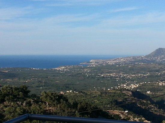 Panokosmos Holidays : view towards the coast from our room