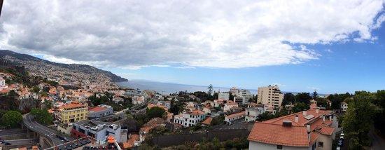 Four Views Baia: Foto aus dem siebten Stock Richtung Hafen