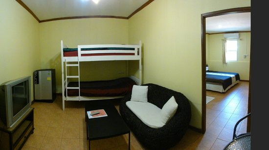 Central Guesthouse: Family Room
