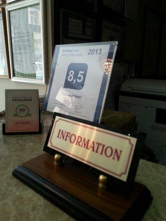 Raymond Blue Hotel: Information