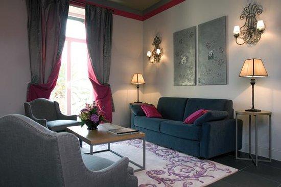 Villa Garbo: Suite living room