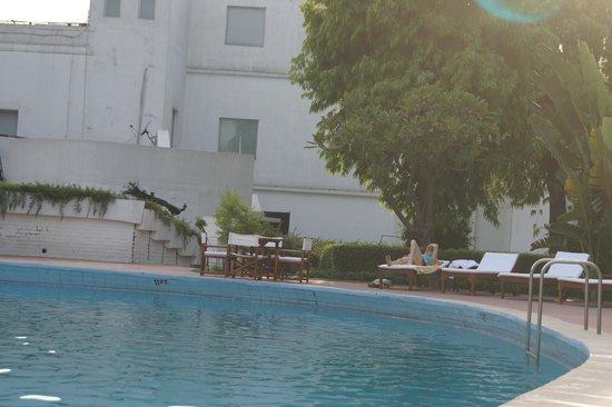 Maidens Hotel: Piscine