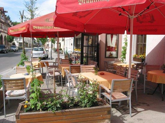 Hotel Restaurant Lindenhof: Außengastronomie