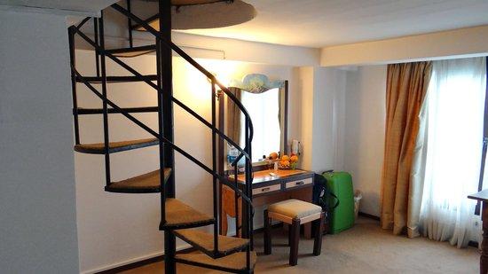 Ferman Residence: Room 107