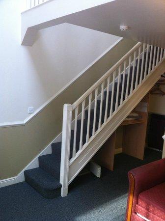 Moreton Park Hotel: Aufgang zum Bett