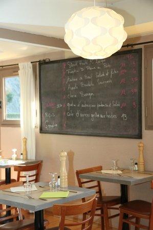 Comfort Hotel Grenoble Saint Egreve : dinning room
