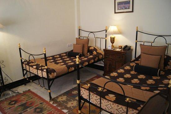 Hotel Udai Kothi : double room