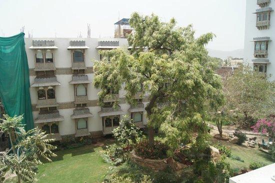 Hotel Udai Kothi : arrière de l'hotel