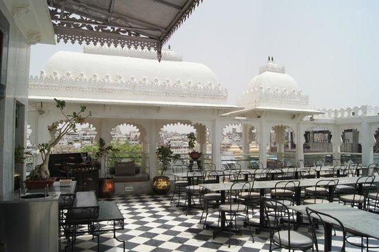 Hotel Udai Kothi : terrasse