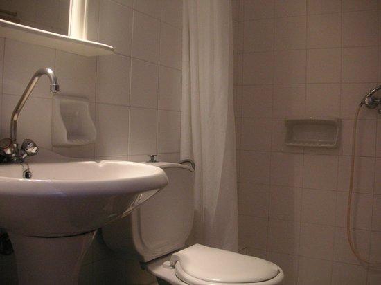 Andromache Hotel : room