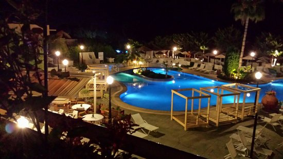 Atlantica Bay Hotel: A may evening overlooking pool