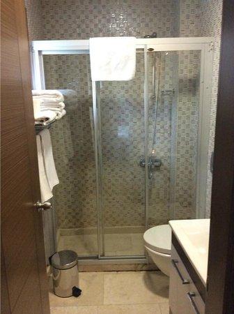 Maritime Hotel: Ванная комната