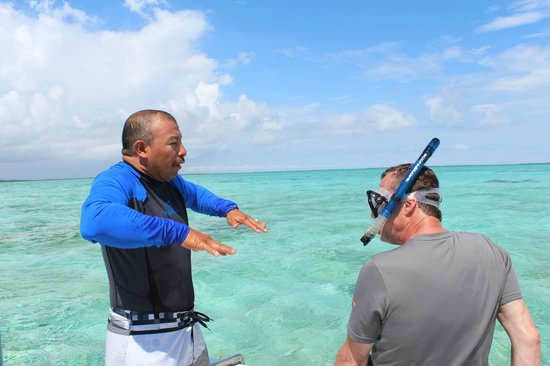 Turneffe Flats : Snorkeling with Abel. Thank you, sir.