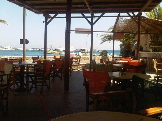 Andromache Hotel: Snak-Bar