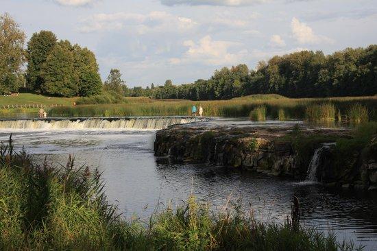 Venta Waterfall: лето