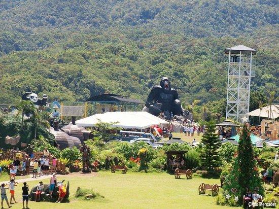 Giant King Kong Picture Of Campuestohan Highland Resort Talisay Tripadvisor