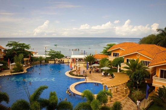 Estrellas de Mendoza Playa Resort: view from the main building/elevator