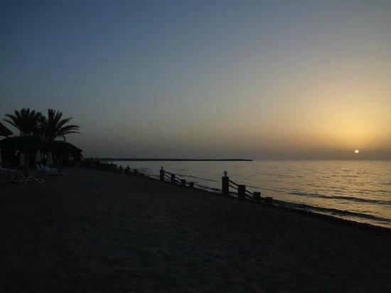 Cove Rotana Resort Ras Al Khaimah: relax & enjoy