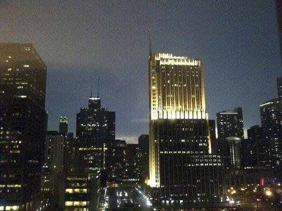 Hyatt Regency Chicago: Tenth floor East Tower