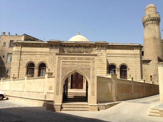 Old City Baku : Icerisehir