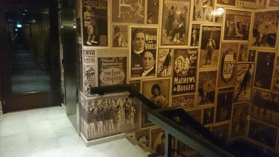 Hotel V Nesplein: The staircase