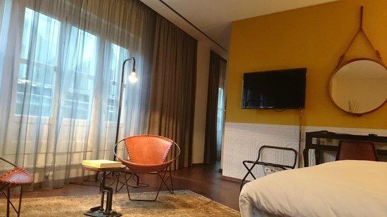 Hotel V Nesplein: Stylish and comfortable