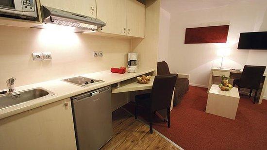 Appart'City Confort Montpellier Ovalie : Park & Suites Elegance Montpellier Ovalie - Chambre