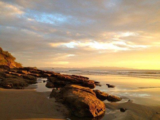 Playa Yankee, Nicaragua: Golden Rocks
