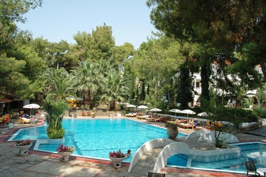 Hotel Porfi Beach: Pool