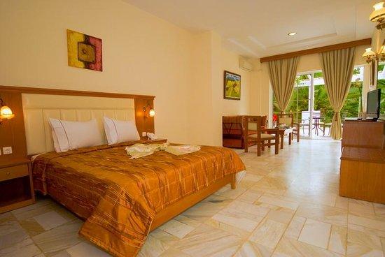 Hotel Porfi Beach: Junior suite