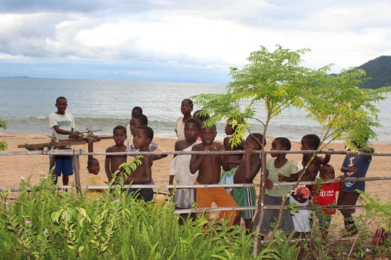 Cape Mac Lodge: Childrens band on the beach