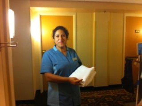 Harrisburg Hotel: Rossy our housekeeper