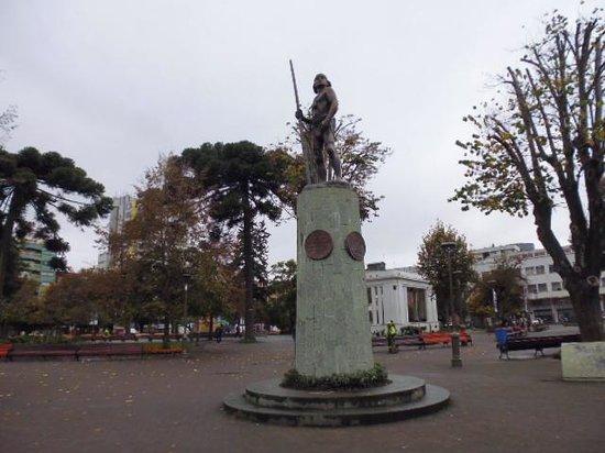 Plaza de la Independencia: モニュメント
