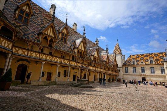 Musée de l'Hôtel-Dieu : Beautiful  Mosaic