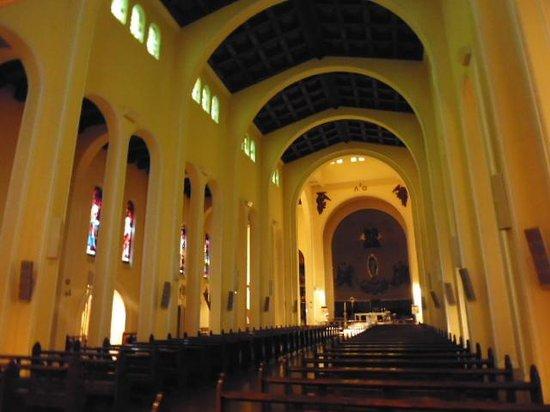 Catedral de la Santisima Concepcion : 教会内