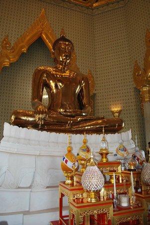 Temple of the Golden Buddha (Wat Traimit): Phra Phuttha Maha Suwan Patimakon