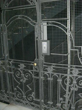 Petit Palace Chueca : Lift