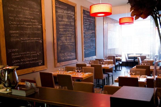 Salle a manger dining room photo de restaurant madre for Salle a manger montreal restaurant