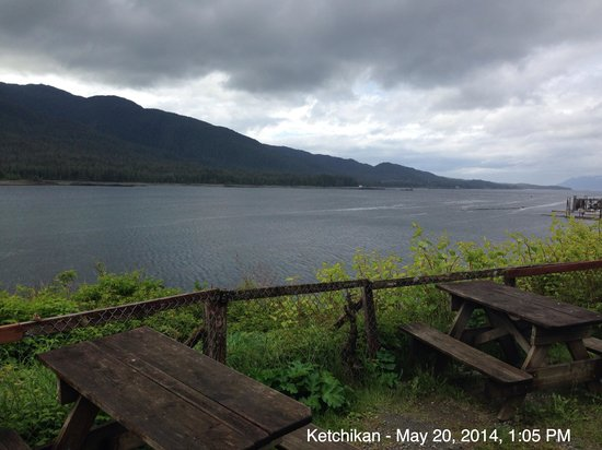 Rose's Caboose : Enjoy a scenic view of Tongass Narrows while you enjoy your meal!
