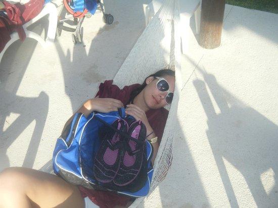 Hotel Barcelo Maya Beach: hammacks